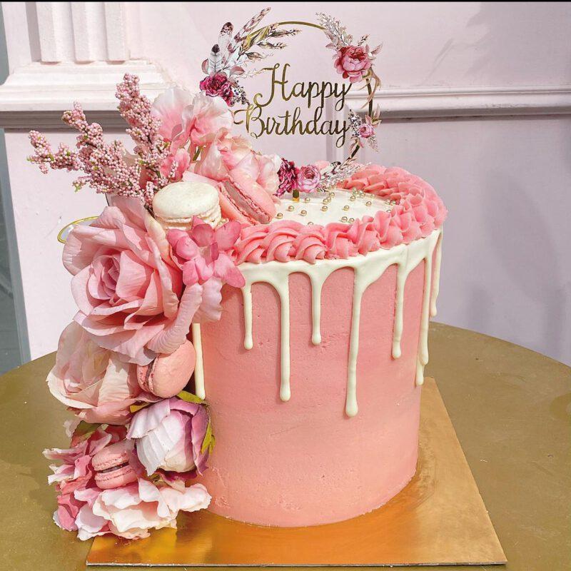 Heylo cake